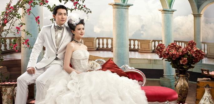不同身材的新人,怎么挑选婚纱礼服呢?