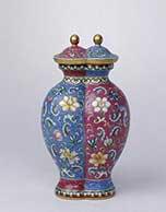 康熙雍正珐琅彩瓷拍卖创天价 存世稀少价更高