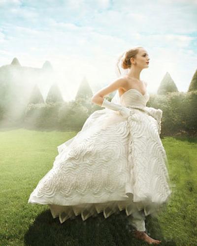 水桶腰的你做准新娘如何挑选婚纱的秘诀